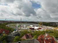 Die Theresienwiese zum Frühlingsfest im April, fotografiert aus vom Turm der St. Pauls Kirche