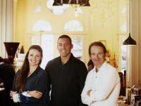 Das Trio aus Barbara Eselböck, Alain Weissgerber und Florian Kaps bittet ab Ende November 2015 zu TIsch (c) Supersense, Florian Kaps