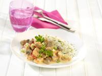 Champignon Geschnetzeltes mit Valess Filetstückchen / Bildquelle: FrieslandCampina Foodservice / Valess