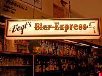 Urig und gemütlich mit einer Spitzen-Gastgeberin: 'Vogt´s Bierexpress' / Bildquelle: Sascha Brenning - Hotelier.de
