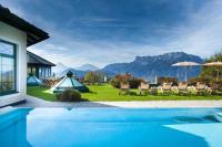 Pool mit Aussicht / Bildquelle: Vollererhof
