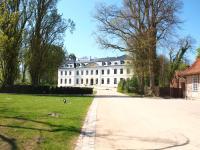 Das Haupthaus vom Weissenhaus Grand Village / Bildquelle: Sascha Brenning - Hotelier.de