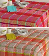 Tischdecke in zwei Dessins für einen starken Auftritt im Freien / Bildquelle: Wäschekrone GmbH & Co. KG