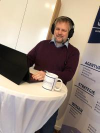 Martin Schmitz live während des Podcasts / © by Schmitz Marketing
