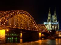 Hohenzollernbrücke und Dom am Rhein (1248-1880) in Köln (Nordrhein-Westfalen)