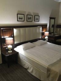 Sind immer noch die Top-Hotelbetten: Ein elegantes Boxspringbett in einem Reikartz Hotel