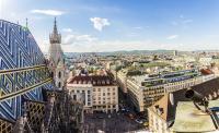 Pilotprojekt in Wien: Lokale Anbieter können zukünftig die Miles & More App nutzen, um Kunden vor Ort anzusprechen. / Bildquelle: © Miles & More / Fotolia