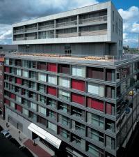 Die Fassade des SIDE Hotels Hamburg / Bildquelle: Seaside Hotels GmbH & Co. KG