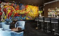 Derag Livinghotels am Viktualienmarkt Münnchen: Bar-Lobby / Bildquelle: Derag Livinghotels