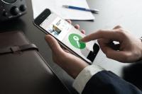 In der mobilen Zutrittslösung JustIN Mobile BLE von SALTO können mehrere mobile Schlüssel in einer App gespeichert werden, die auch zu unterschiedlichen Installationen gehören können. / Bildquelle: SALTO Systems