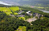 Das Jakobsberg Hotel & Resort bietet mit dem Campus Jakobsberg eine einmalige Location für Urlaub, Erholung sowie Tagungen, Workshops, Kundenevents und Mitarbeiterveranstaltungen. / Bildquelle: Jakobsberg Hotel & Resort