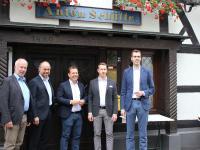 Die Gründungsmitglieder 'Die Sterne im Sauerland': v.l.n.r.: Karl Anton Schütte, Stefan Schneider, Andreas Deimann, Leander Diedrich, Stefan Wiese-Gerlach / Bildquelle: Sauerland Hotels GmbH