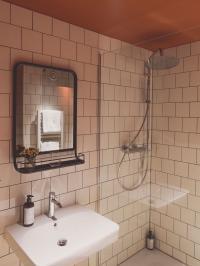 Badezimmer / Bildquelle: Hotel Bussi Baby