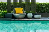 Spaß garantiert: Sonne, Wasser, Pool und Relaxingchair