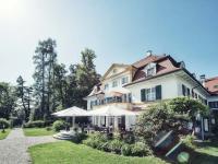 Im Biohotel Schlossgut Oberambach trifft das nachhaltige ökologische Konzept auf ein gepflegtes Refugium der Ruhe. / Bildquelle: Schlossgut Oberambach/Robert Kittel