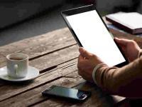 Tablet als Hotelzimmermappe - in Zukunft könnte man auch so z.B. ein Taxi bestellen