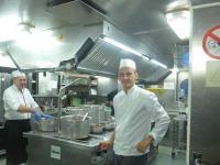 Sie machten den Genuss erst möglich: die unermüdlichen Köche in der Schiffs-Küche