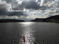 Dramatisch wirkende Wolken- Konstellation auf dem Rhein bei Bad-Breisig