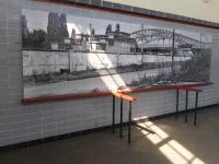 S-Bahnstation Bornholmerstrasse mit Bildausstellung - Ex Grenzübergang Bornholmer Straße