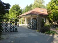 Eingang zur Waldsiedlung Wandlitz, in der vor 1989 die SED Chefs residierten