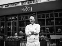 Sven Frambach, Küchenchef The Legacy Bar & Grill / Bildquelle: Beide Le Méridien Frankfurt