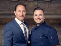 Heinz E. Hunkeler und Tim Raue / Bildquelle: Kulm Hotel St. Moritz
