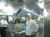 Damit in einer Profi-Küche und zunehmenden Fachkräftemangel alles wie am Schnürchen klappt, müssen neue Techniklösungen her / Bildquelle: Hotelier.de
