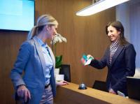 Am Front Office werden viele Produktbewertungen im Beherbergungsgewerbe gewonnen oder verloren