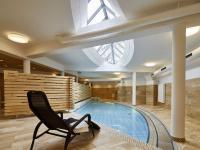 ElzLand Hotel Pfauen Schwimmbad / Bildquelle: ElzLand Hotel Pfauen