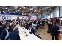 Informativer Kommunikationsaustausch zu den neuen HGK-Features auf dem HGK-Messestand / Bildquelle: HGK Hotel- und Gastronomie-Kauf eG
