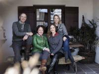 Familie Erhardt (v.l.n.r. Franz, Monika, Katharina, Barbara) / Bildquelle: Beide Werdenfelserei