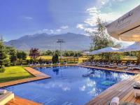 Kempinski Hotel Grand Arena Bansko Pool