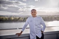 Christian Bau vom Victors Fine Dining by Christian Bau; c) Victors Fine Dining by Christian Bau