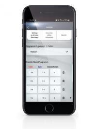 Individuelles Duscherlebnis im ?Zuhause auf Zeit?: mit der kostenlosen HANSA Connect App kann der Hotelgast sein eigenes Dusch-Programm programmieren