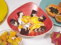 Fertige Karibik Cake Bowl