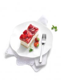 Erdbeer-Buttermilch-Schnitte