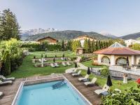 Alpine Aussichten: Die neue Außenanlage
