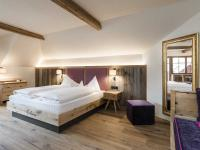 Ideal zum Kraft tanken: Großzügige Zimmer im Mirabell Dolomiten Wellness Hotel