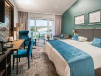 Aufgestockt: Im Juli hat das Best Western Plus Kurhotel an der Obermaintherme in Bad Staffelstein seine vier neuen Penthouse Suiten und drei Executive Zimmer eröffnet, die auf einer neuen Etage des Nordflügels entstanden sind. / Bildquelle: Beide Best Western Hotels Central Europe GmbH