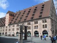 Der ehemalige Kornspeicher und die heutige Mauthalle am Anfang der Einkaufspassage / Bildquelle: Hotelier.de
