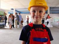 Kinderbaustellenleiter auf der Baustelle in Trassenheide Usedom / Bildquelle: Beide Bilder Seetelhotels Usedom