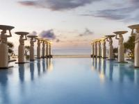 Oasis Pool / Bildquelle: Beide The Mulia, Mulia Resort & Villas - Nusa Dua, Bali