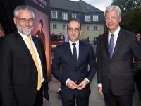 Dr. Christoph Krupp, Heiko Maas und Thomas Willms (v.l.n.r.) bei der Eröffnung des Gästehauses Petersberg / Bildquelle: Steigenberger Hotels AG