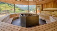 Großzügiger Saunabereich / Bildquelle: Filippo Galluzzi Wellnessresort Amonti Lunaris