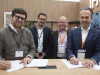MDA Unterzeichnung mit Success Hotel Group: [von links nach rechts] Michael Friedrich (CEO Success Hotel Group), Dr. Thomas Leib (Chief Acquisition Officer Success Hotel Group), Martin Bowen (Head of Development, DACH, IHG), Mario Maxeiner (Managing Director, Northern Europe, IHG) / Bildquelle: Success Group