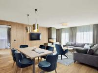 Familiensuiten im alpenländisch-modernen Design