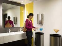 Kunden möchten mit gutem Gewissen genießen und einen Beitrag für die Umwelt leisten. Tork stellt deshalb auf der ?Intergastra? Tork PaperCircle®, das weltweit erste Recyclingsystem für Papierhandtücher, vor.