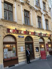 Das älteste Cafe Europas: Das 'Frauenhuber' in Wien