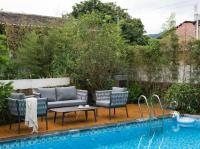 Riviera-Chic: Das neue Outdoor Loungeset Veronika  von A.B.C. Worldwide / Bildquelle: Beide A.B.C. Worldwide