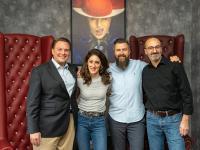 Lea Jordan mit dem HSMA-Vorstandsmitgliedern Lars Dünker, Georg Ziegler und Zeèv Rosenberg (v.l.n.r.) / Bildquelle: HSMA
